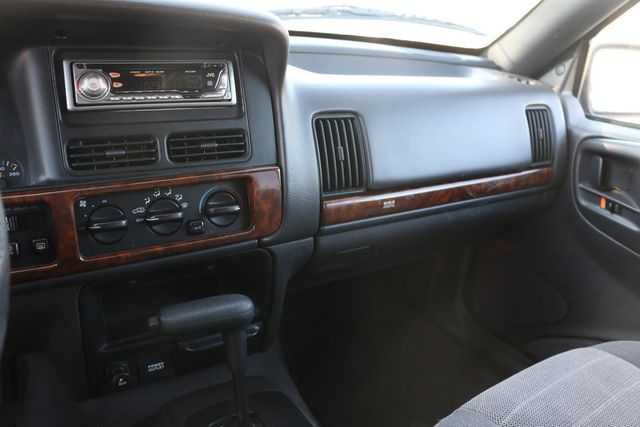 1998 Jeep Grand Cherokee Laredo Santa Clarita, CA 18