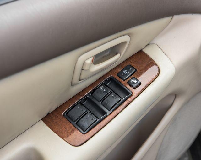 1998 Lexus ES 300 Luxury Sport Sdn Burbank, CA 15