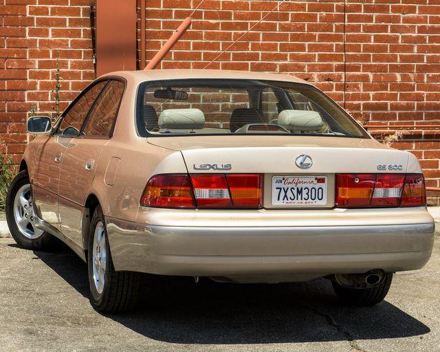1998 Lexus ES 300 Luxury Sport Sdn Burbank, CA 5