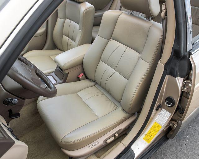 1998 Lexus ES 300 Luxury Sport Sdn Burbank, CA 8