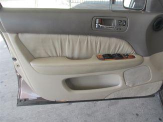 1998 Lexus LS 400 Luxury Sdn Gardena, California 9