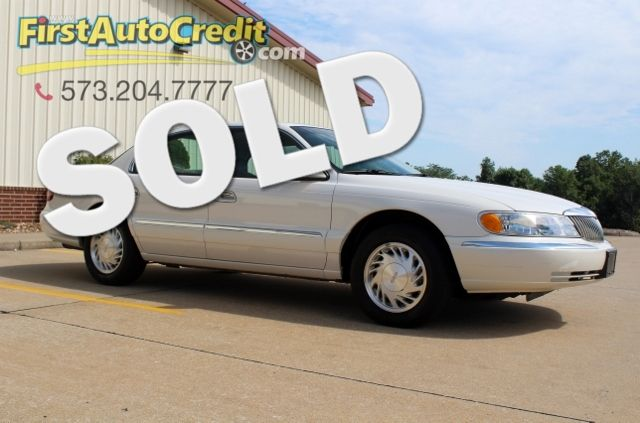 1998 Lincoln Continental in Jackson MO, 63755
