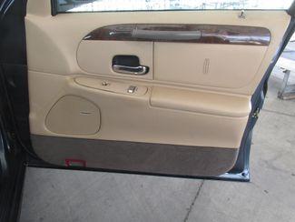 1998 Lincoln Town Car Executive Gardena, California 12