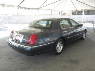 1998 Lincoln Town Car Executive Gardena, California 2