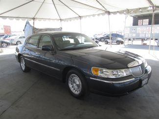 1998 Lincoln Town Car Executive Gardena, California 3