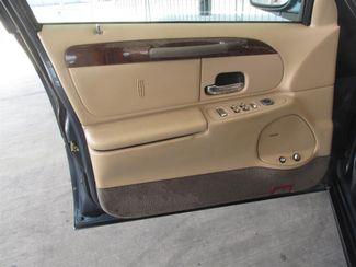 1998 Lincoln Town Car Executive Gardena, California 8