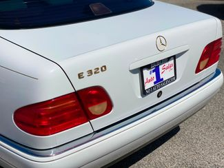1998 Mercedes-Benz E320 Hollywood, Florida 52