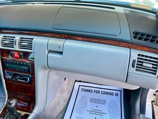 1998 Mercedes-Benz E320 Hollywood, Florida 15