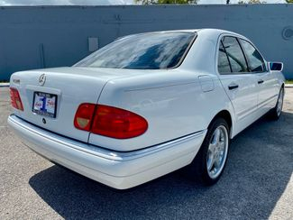 1998 Mercedes-Benz E320 Hollywood, Florida 3