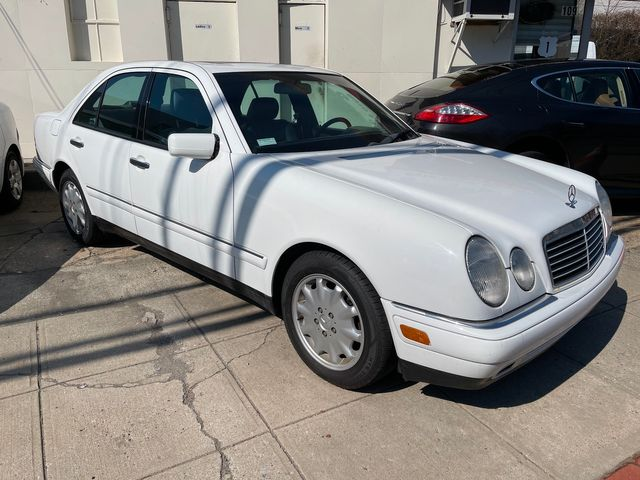 1998 Mercedes-Benz E320 in New Rochelle, NY 10801