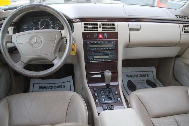 1998 Mercedes-Benz E320 Santa Clarita, CA 7