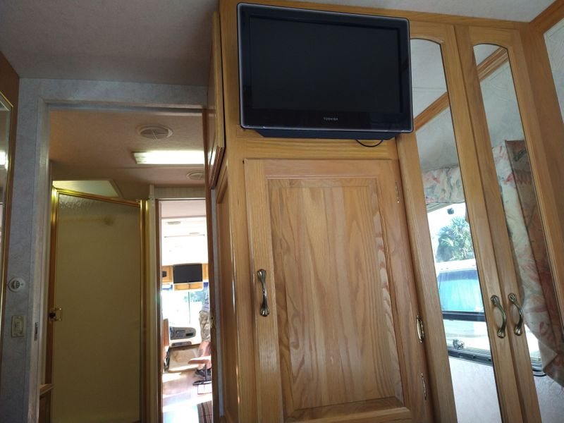 1998 Newmar Mountain Aire 3780  city FL  Manatee RV  in Palmetto, FL