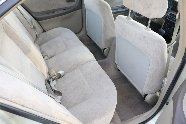 1998 Nissan Altima GXE Santa Clarita, CA 16