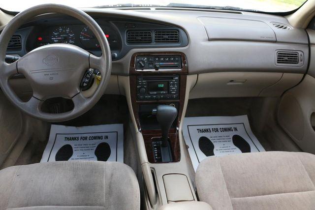 1998 Nissan Altima GXE Santa Clarita, CA 7