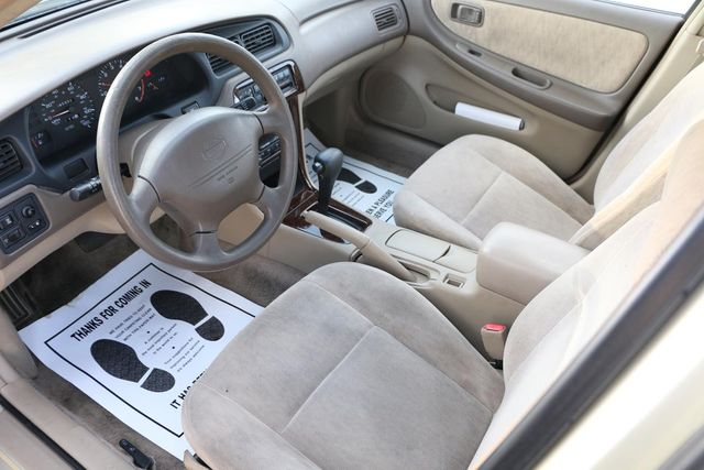 1998 Nissan Altima GXE Santa Clarita, CA 8