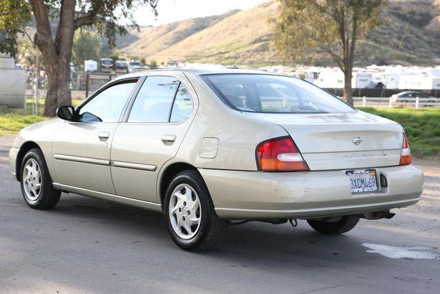 1998 Nissan Altima GXE Santa Clarita, CA 5