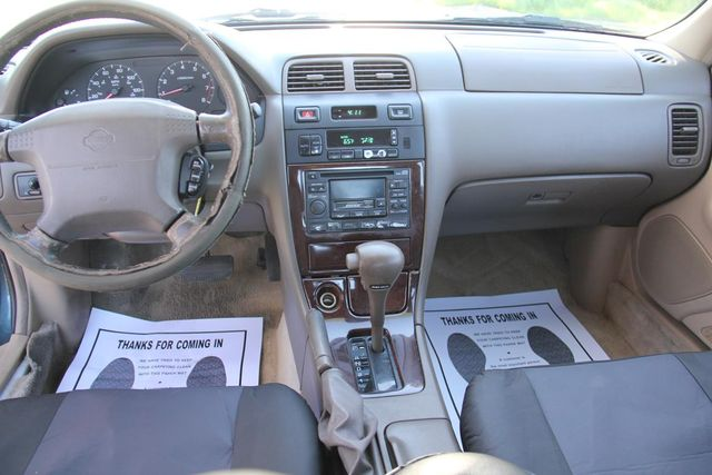 1998 Nissan Maxima GLE Santa Clarita, CA 7