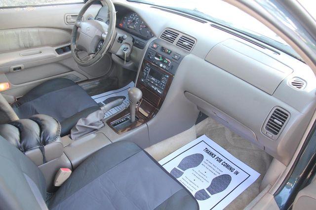 1998 Nissan Maxima GLE Santa Clarita, CA 9