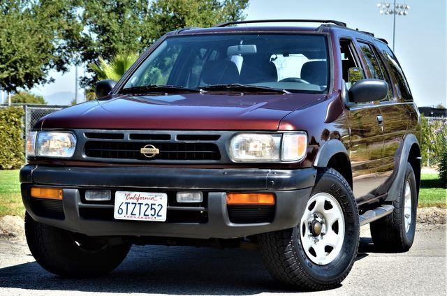 1998 Nissan Pathfinder XE