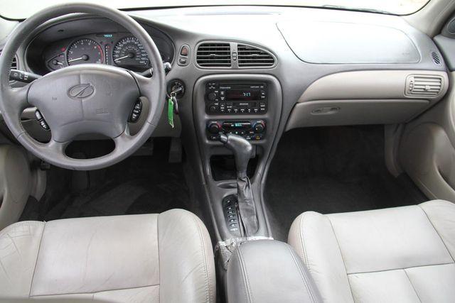 1998 Oldsmobile Intrigue GL Santa Clarita, CA 7