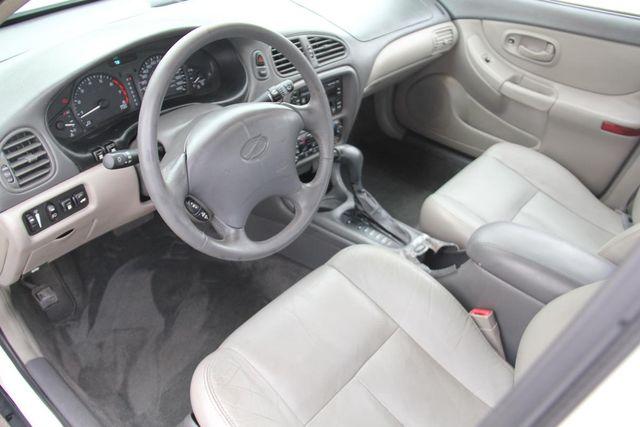 1998 Oldsmobile Intrigue GL Santa Clarita, CA 8