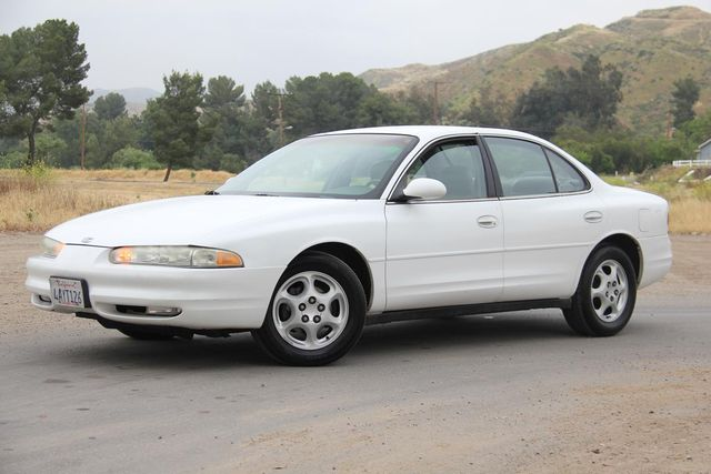 1998 Oldsmobile Intrigue GL Santa Clarita, CA 1
