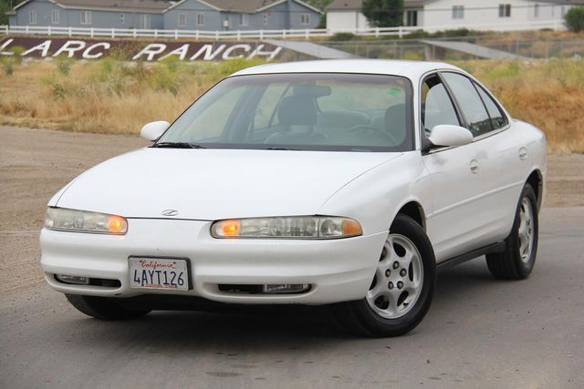 1998 Oldsmobile Intrigue GL Santa Clarita, CA 4
