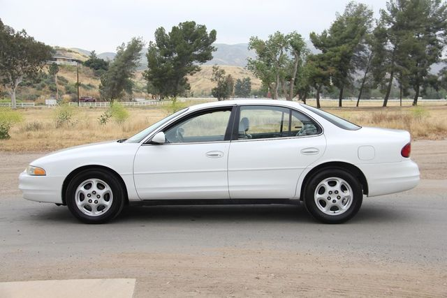 1998 Oldsmobile Intrigue GL Santa Clarita, CA 11