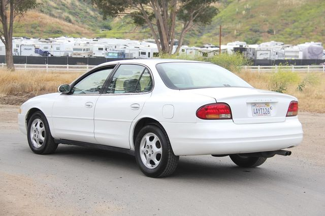 1998 Oldsmobile Intrigue GL Santa Clarita, CA 5