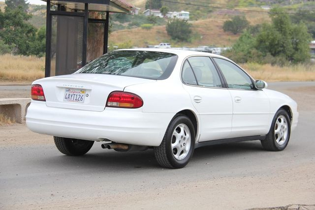 1998 Oldsmobile Intrigue GL Santa Clarita, CA 6