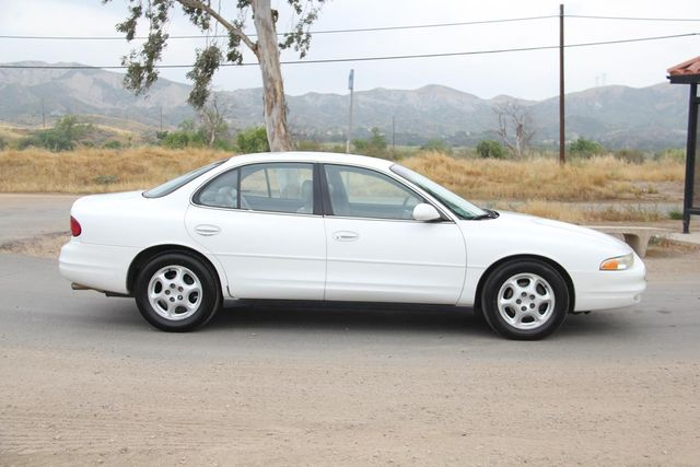 1998 Oldsmobile Intrigue GL Santa Clarita, CA 12