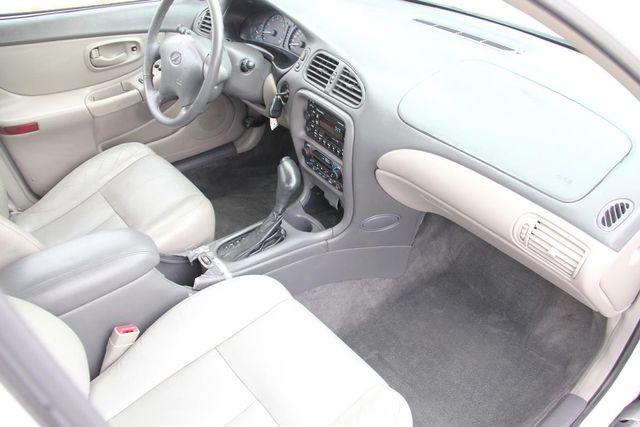 1998 Oldsmobile Intrigue GL Santa Clarita, CA 9