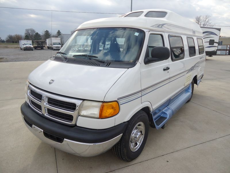 1998 Roadtrek 190 Versatile  in Sherwood, Ohio