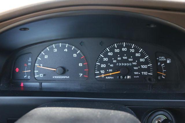1998 Toyota 4Runner 5 SPEED MANUAL Santa Clarita, CA 13