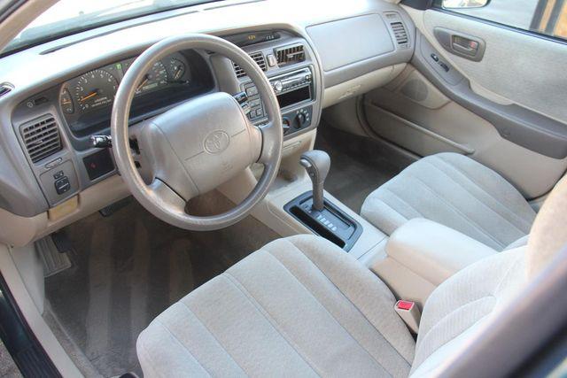 1998 Toyota Avalon XL Santa Clarita, CA 8