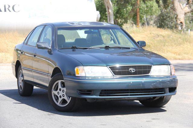1998 Toyota Avalon XL Santa Clarita, CA 3