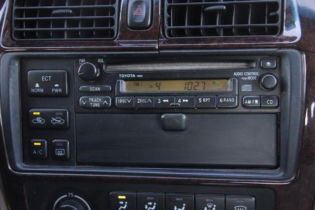 1998 Toyota Avalon XLS Santa Clarita, CA 18