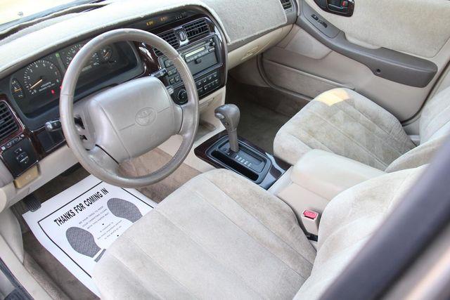 1998 Toyota Avalon XLS Santa Clarita, CA 8