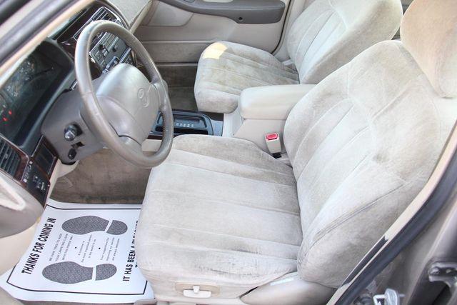 1998 Toyota Avalon XLS Santa Clarita, CA 13