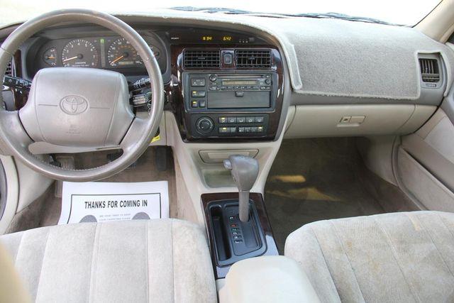 1998 Toyota Avalon XLS Santa Clarita, CA 7