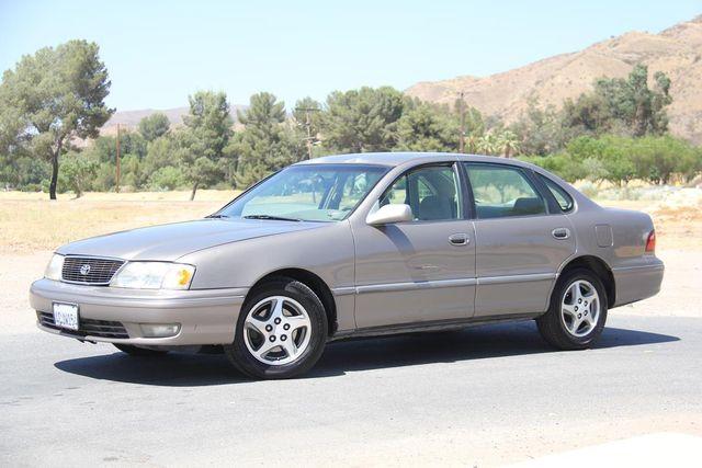 1998 Toyota Avalon XLS Santa Clarita, CA 1