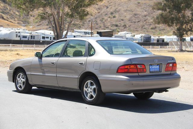 1998 Toyota Avalon XLS Santa Clarita, CA 5