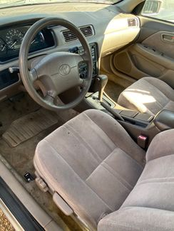 1998 Toyota Camry CE Flowood, Mississippi 1