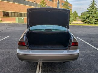 1998 Toyota Camry LE Maple Grove, Minnesota 7