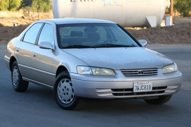 1998 Toyota Camry LE Santa Clarita, CA 3