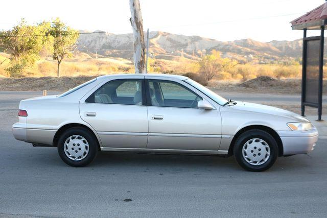 1998 Toyota Camry LE Santa Clarita, CA 12