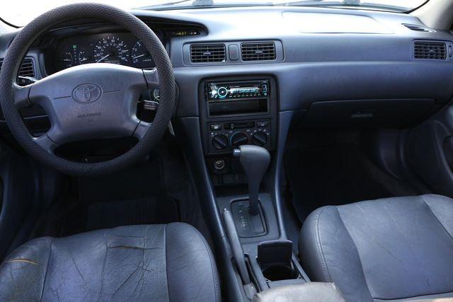 1998 Toyota Camry LE Santa Clarita, CA 7