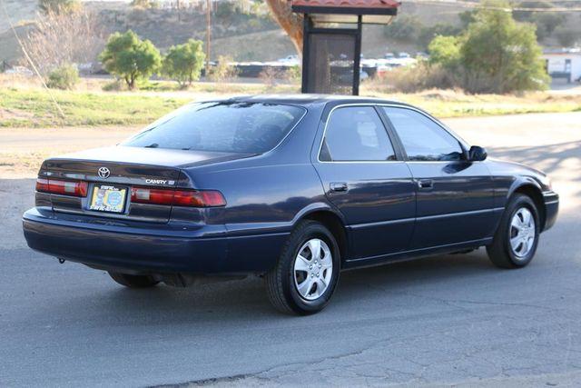 1998 Toyota Camry LE Santa Clarita, CA 6