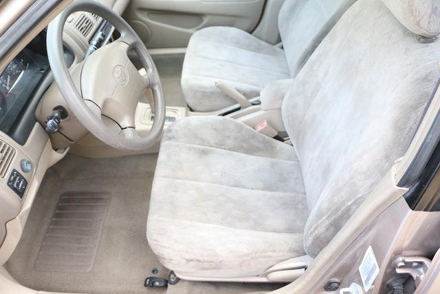1998 Toyota Corolla LE Santa Clarita, CA 10