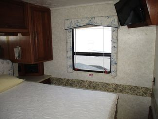 1998 Winnebago Chieftain   city Florida  RV World of Hudson Inc  in Hudson, Florida